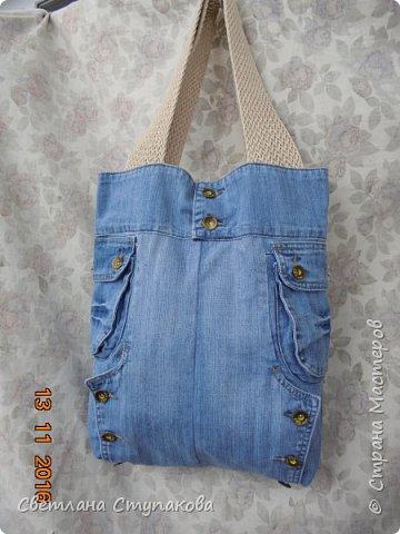 Очень люблю джинсу . Вот и появились следующие две сумки-сестрички. Вид спереди - всё строго и лаконично. фото 11