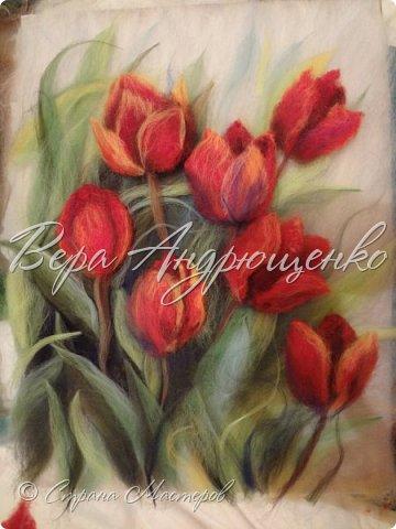 Тюльпаны.Шерстяная акварель фото 1