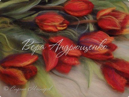 Тюльпаны.Шерстяная акварель фото 3