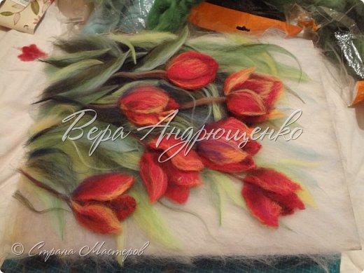 Тюльпаны.Шерстяная акварель фото 2