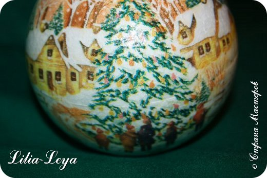 Этот новогодний шарик появился благодаря Натальи Борс  http://stranamasterov.ru/user/320442                                             и подсказанному ею   МК  Viktori   http://stranamasterov.ru/node/879537 фото 7
