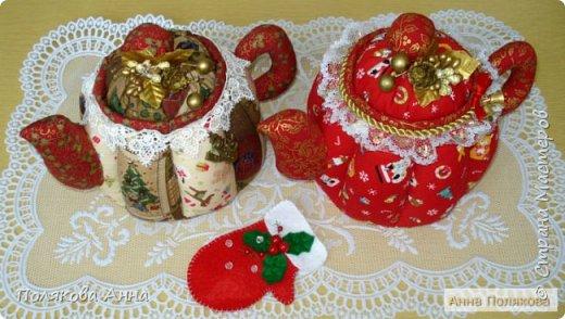 Текстильные чайники из натуральных тканей. Замечательный оригинальный подарочек к Новому Году. Высота 15см. фото 1