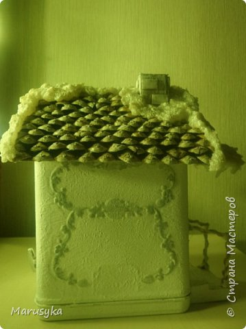 Жестяная банка  от чая, музыкальная. Внутри свеча, на батарейке. фото 4