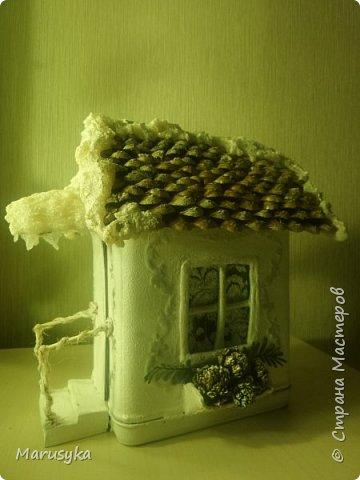Жестяная банка  от чая, музыкальная. Внутри свеча, на батарейке. фото 1