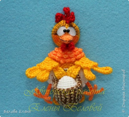 """Магниты """"Куриная семейка"""" (крючок) Петушок – 18 см (в длину) Курочка – 13 см (в длину) Цыплята – 6 см. Пряжа акрил (300м/100г), крючок №1,25 фото 3"""