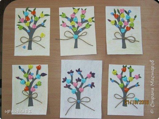 У всех девочек получились замечательные деревья  фото 1