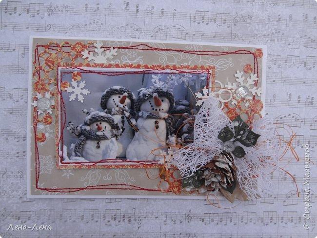 """Ещё в прошлом году начала делать открыточки с этими милыми снеговичками, да что-то замоталась, и они так и остались в недоделках...Сейчас их """"реанимировала"""", к Новому году успевают! Уже настрочила, так настрочила - чего зазря машинку швейную настраивать!)) фото 2"""