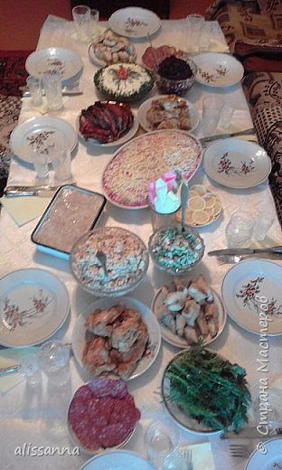 Доброе время суток...жители Страны...))) предлагаю на ваше рассмотрение праздничное меню...которое может вам пригодится при подготовке к празднованию  Нового года и Рождества....   ))) как говорится...готовь сани летом....)))))))))) фото 1