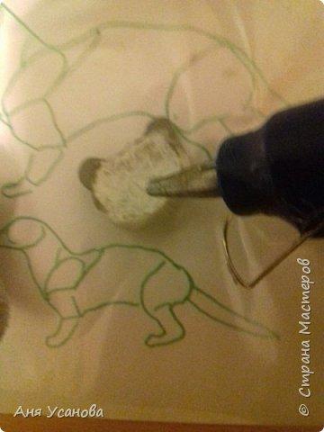 Теперь обматываем нитями, где ручки и ножки обматываем в 2 слоя;что бы было плотнее) фото 8