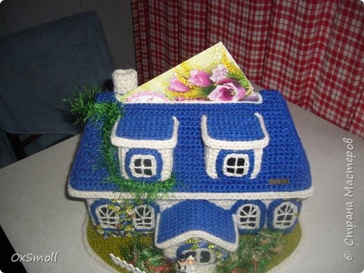 Домик шкатулка, все крыши в домиках открываются. фото 9