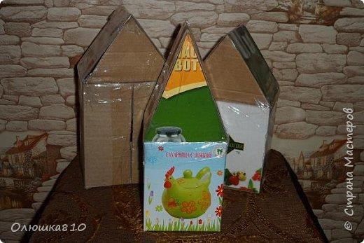 """Здравствуйте! Сегодня с проектом """"Снежный город"""" и рассказом, как сделать домик из подходящей картонной коробки. Вначале фото. На первом фото домик из фанеры. Был у меня небольшой кусочек фанеры 40 на 70 см. Вот что получилось.  фото 18"""
