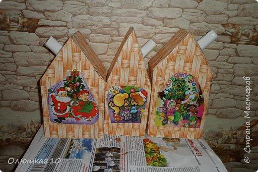 """Здравствуйте! Сегодня с проектом """"Снежный город"""" и рассказом, как сделать домик из подходящей картонной коробки. Вначале фото. На первом фото домик из фанеры. Был у меня небольшой кусочек фанеры 40 на 70 см. Вот что получилось.  фото 20"""