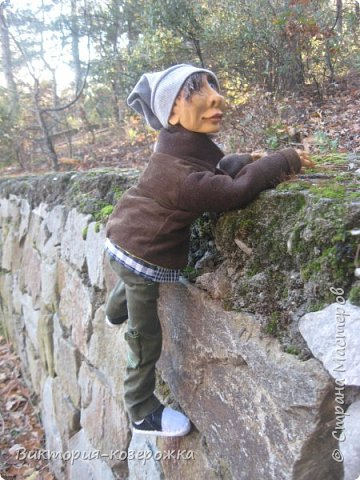 Приветствую вас уважаемые жители прекрасной Страны Мастеров! Как то наверно парочку месяцев назад купила кукольные глазки, которые закрываются и вот, что из этого вышло))))  Появился забавный слегка лохматый очень добрый парень Гошка.Дальше только фото, а текст можно вообразить))))  фото 9