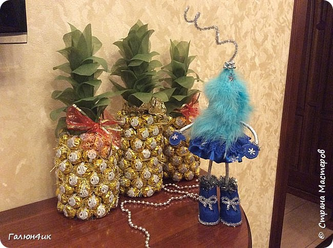 Всем жителям этой прекрасной страны, добрый день!!! Предлагаю вашему вниманию ананасы и ёлку... фото 1