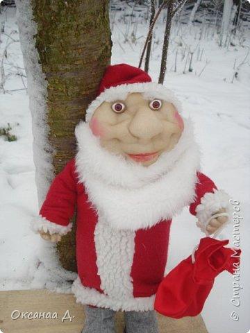 Скоро-скоро Новый год!Волшебный праздник!Создалась и у меня новогодняя парочка))) Дед Мороз какой -то молоденький получился,мне кажется фото 1