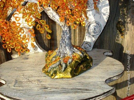 Здравствуйте мастерицы,мастера!Собрала еще одну осеннюю березку и уже подарила.Веточки остались от предыдущей (http://stranamasterov.ru/node/1047869),так что надо было только собрать,но это  собрать растянулось надолго. фото 5