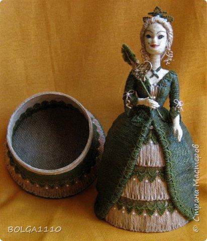 Кукла шкатулка на заказ. Попросили с маской. Платье я поменяла, мне кажется так лучше. фото 2