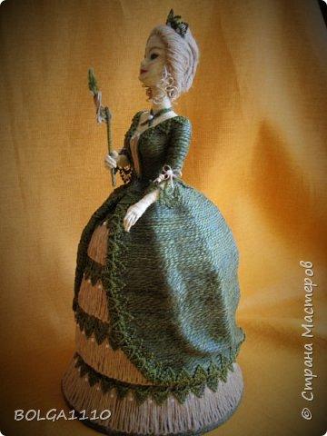 Кукла шкатулка на заказ. Попросили с маской. Платье я поменяла, мне кажется так лучше. фото 3