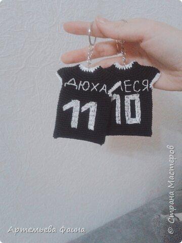 Именные брелочки с эмблемой Real madrid футболистам) фото 2