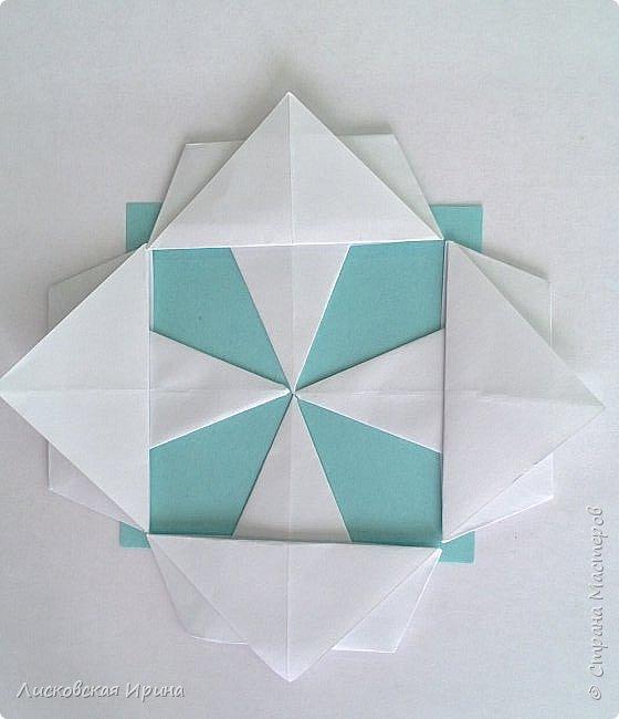Придумала я самостоятельно новый модуль для мозаики. Если такой уже где-то был, напишите, я исправлю на обычный модуль. На фото этот модуль уже в поделке - Елочка из модулей фото 18