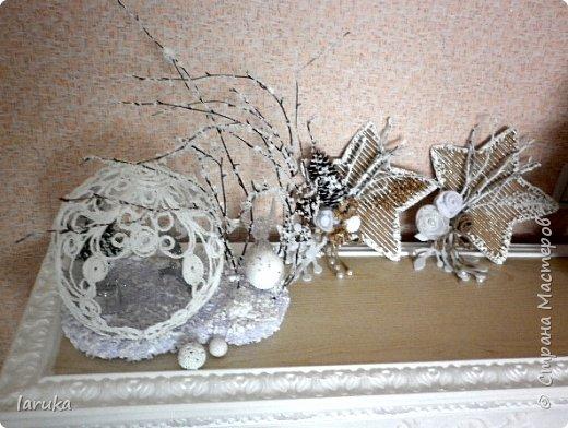 Рождественские звёздочки из гофрокартона. Простенькие, но нравится этот материал.  Использовала веточки, шишки, джут, фетр, флис, блёстки...  фото 9