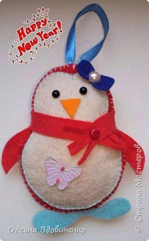 Новогодние игрушки из фетра фото 1