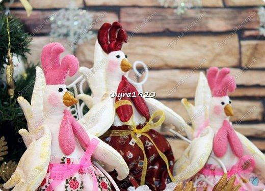 Молодые Петушки так и рвутся в бой, но и на гвоздике с удовольствием повисят и украсят любой дом! фото 3