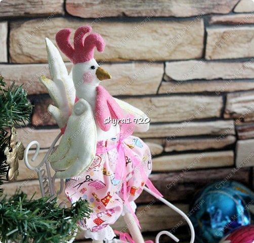 Молодые Петушки так и рвутся в бой, но и на гвоздике с удовольствием повисят и украсят любой дом! фото 10