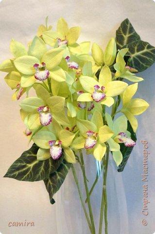 Всем приветик, я с новым букетиком! Захотелось мне слепить Цимбидиумы, но молдов подходящих не оказалось и получился новый сорт орхидеи. фото 2