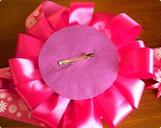 опять сделала розовый бант на выписку. точнее надоело мне делать розовые, остановилась на малиновом фото 4