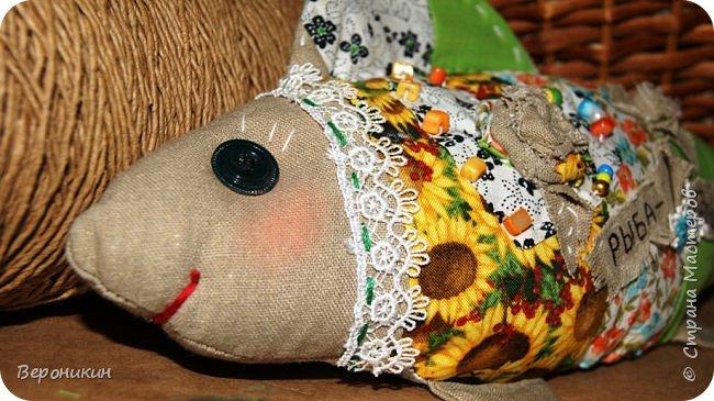 Лоскутная рыбка - игрушка в стиле Бохо.  фото 4