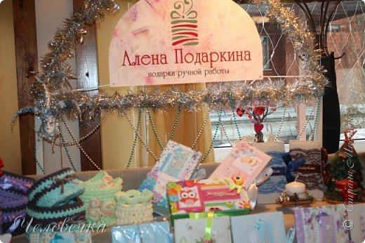 """В нашем городе впервые состоялся семейный фестиваль """"Sova Fest"""". Мы тоже приняли участие с рукодельными товарами и мастер-классами. Немного устали, но очень довольны! Ждём следующего!) Заставляем столики своими творениями... фото 10"""