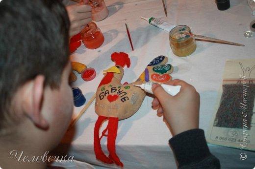 """В нашем городе впервые состоялся семейный фестиваль """"Sova Fest"""". Мы тоже приняли участие с рукодельными товарами и мастер-классами. Немного устали, но очень довольны! Ждём следующего!) Заставляем столики своими творениями... фото 21"""