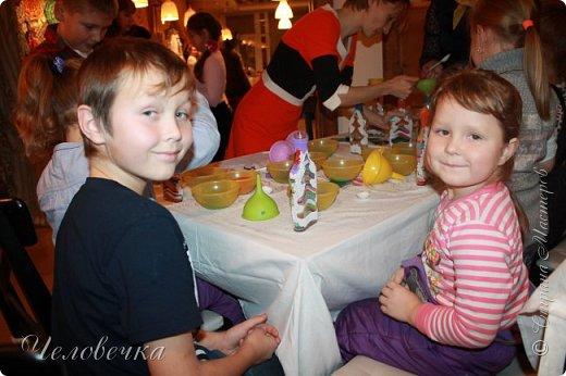 """В нашем городе впервые состоялся семейный фестиваль """"Sova Fest"""". Мы тоже приняли участие с рукодельными товарами и мастер-классами. Немного устали, но очень довольны! Ждём следующего!) Заставляем столики своими творениями... фото 28"""
