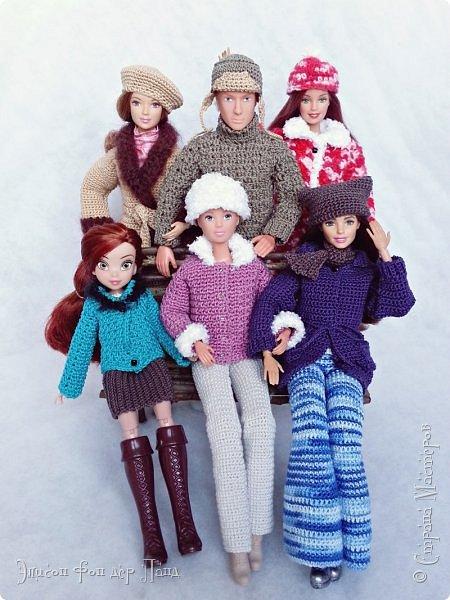 В этом году мы твёрдо решили, что нашим кукложителям нужно во что бы то ни стало организовать тёплый гардероб до наступления зимы. Погода (и не только она) слегка саботировала наши планы - зима к нам пришла раньше на целый месяц. Но по календарю мы всё же успели, и теперь наши ребята могут не бояться морозов))))) фото 1