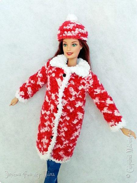 В этом году мы твёрдо решили, что нашим кукложителям нужно во что бы то ни стало организовать тёплый гардероб до наступления зимы. Погода (и не только она) слегка саботировала наши планы - зима к нам пришла раньше на целый месяц. Но по календарю мы всё же успели, и теперь наши ребята могут не бояться морозов))))) фото 3