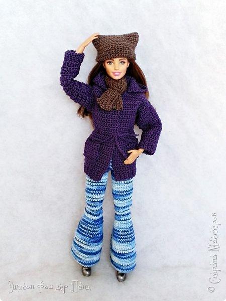 В этом году мы твёрдо решили, что нашим кукложителям нужно во что бы то ни стало организовать тёплый гардероб до наступления зимы. Погода (и не только она) слегка саботировала наши планы - зима к нам пришла раньше на целый месяц. Но по календарю мы всё же успели, и теперь наши ребята могут не бояться морозов))))) фото 9