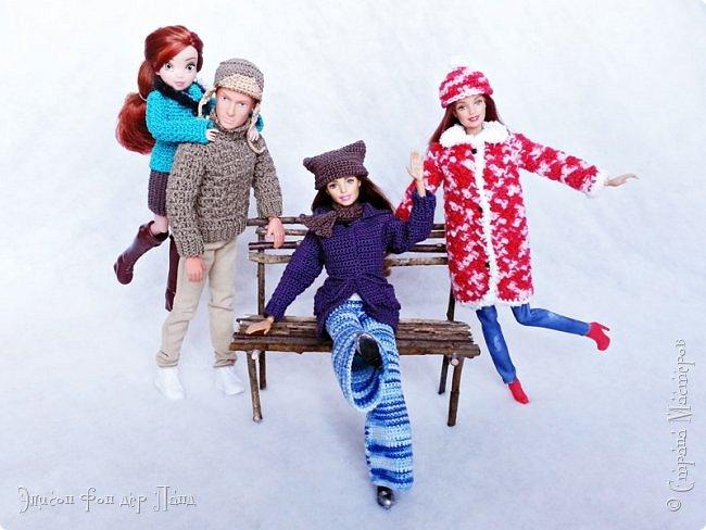 В этом году мы твёрдо решили, что нашим кукложителям нужно во что бы то ни стало организовать тёплый гардероб до наступления зимы. Погода (и не только она) слегка саботировала наши планы - зима к нам пришла раньше на целый месяц. Но по календарю мы всё же успели, и теперь наши ребята могут не бояться морозов))))) фото 15