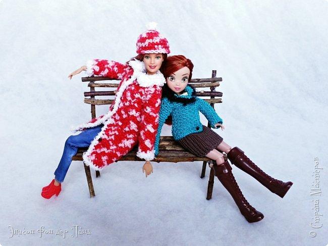 В этом году мы твёрдо решили, что нашим кукложителям нужно во что бы то ни стало организовать тёплый гардероб до наступления зимы. Погода (и не только она) слегка саботировала наши планы - зима к нам пришла раньше на целый месяц. Но по календарю мы всё же успели, и теперь наши ребята могут не бояться морозов))))) фото 17