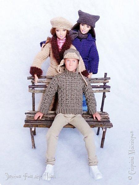 В этом году мы твёрдо решили, что нашим кукложителям нужно во что бы то ни стало организовать тёплый гардероб до наступления зимы. Погода (и не только она) слегка саботировала наши планы - зима к нам пришла раньше на целый месяц. Но по календарю мы всё же успели, и теперь наши ребята могут не бояться морозов))))) фото 18