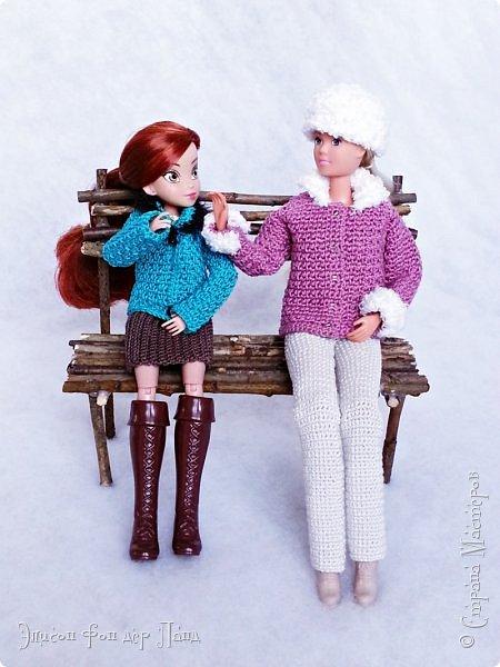 В этом году мы твёрдо решили, что нашим кукложителям нужно во что бы то ни стало организовать тёплый гардероб до наступления зимы. Погода (и не только она) слегка саботировала наши планы - зима к нам пришла раньше на целый месяц. Но по календарю мы всё же успели, и теперь наши ребята могут не бояться морозов))))) фото 16
