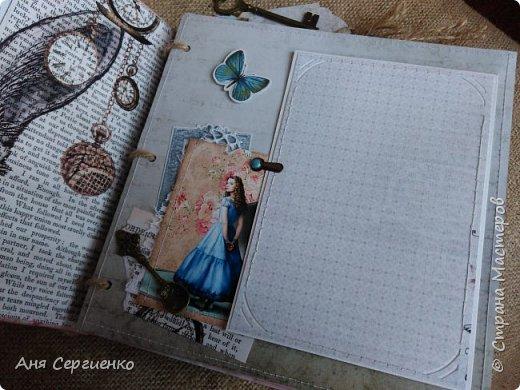 """Альбом """"Алиса в стране чудес"""" фото 2"""