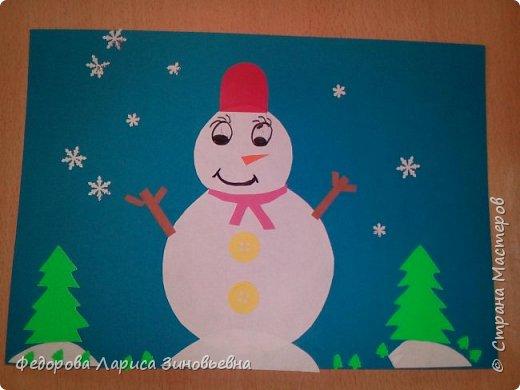 Добрый день всем. Не за горами уже и Новый год. Как всегда в школах с детьми делается очень много поделок на новогоднюю тему. Вот и мы с ребятами тоже начали подготовку к этомк всеми любимому празднику. Этих снеговиков сделали ученики 4 класса. фото 2