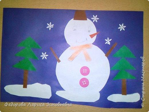 Добрый день всем. Не за горами уже и Новый год. Как всегда в школах с детьми делается очень много поделок на новогоднюю тему. Вот и мы с ребятами тоже начали подготовку к этомк всеми любимому празднику. Этих снеговиков сделали ученики 4 класса. фото 7