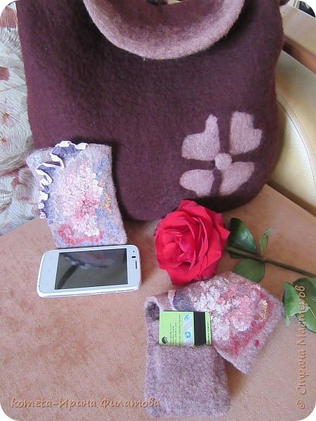 В пару к своей сумочке сваляла чехол к мобильному фото 3