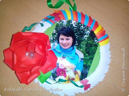 27 ноября наша страна отмечает День Матери. К этому празднику мои ученики  4 класса на уроках кружка изготовили своим мамам удивительные рамочки для фото.  фото 5