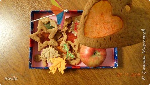 Рождественское имбирное печенье с карамельным витражем фото 1