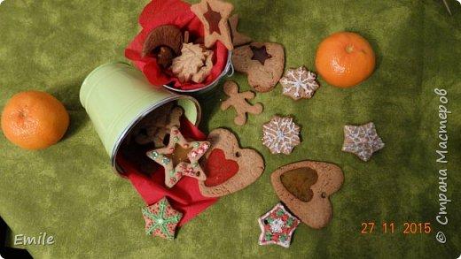 Рождественское имбирное печенье с карамельным витражем фото 3