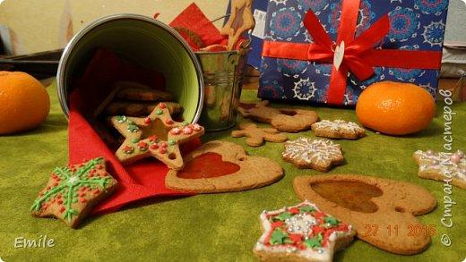 Рождественское имбирное печенье с карамельным витражем фото 4