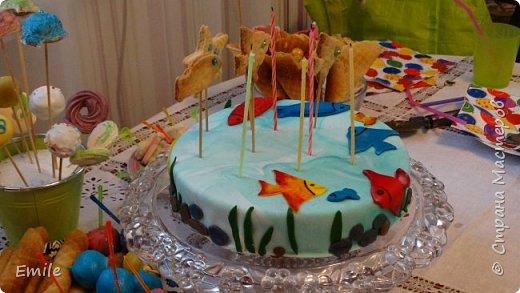Заготовки цветов  и листочков для украшения торта фото 16